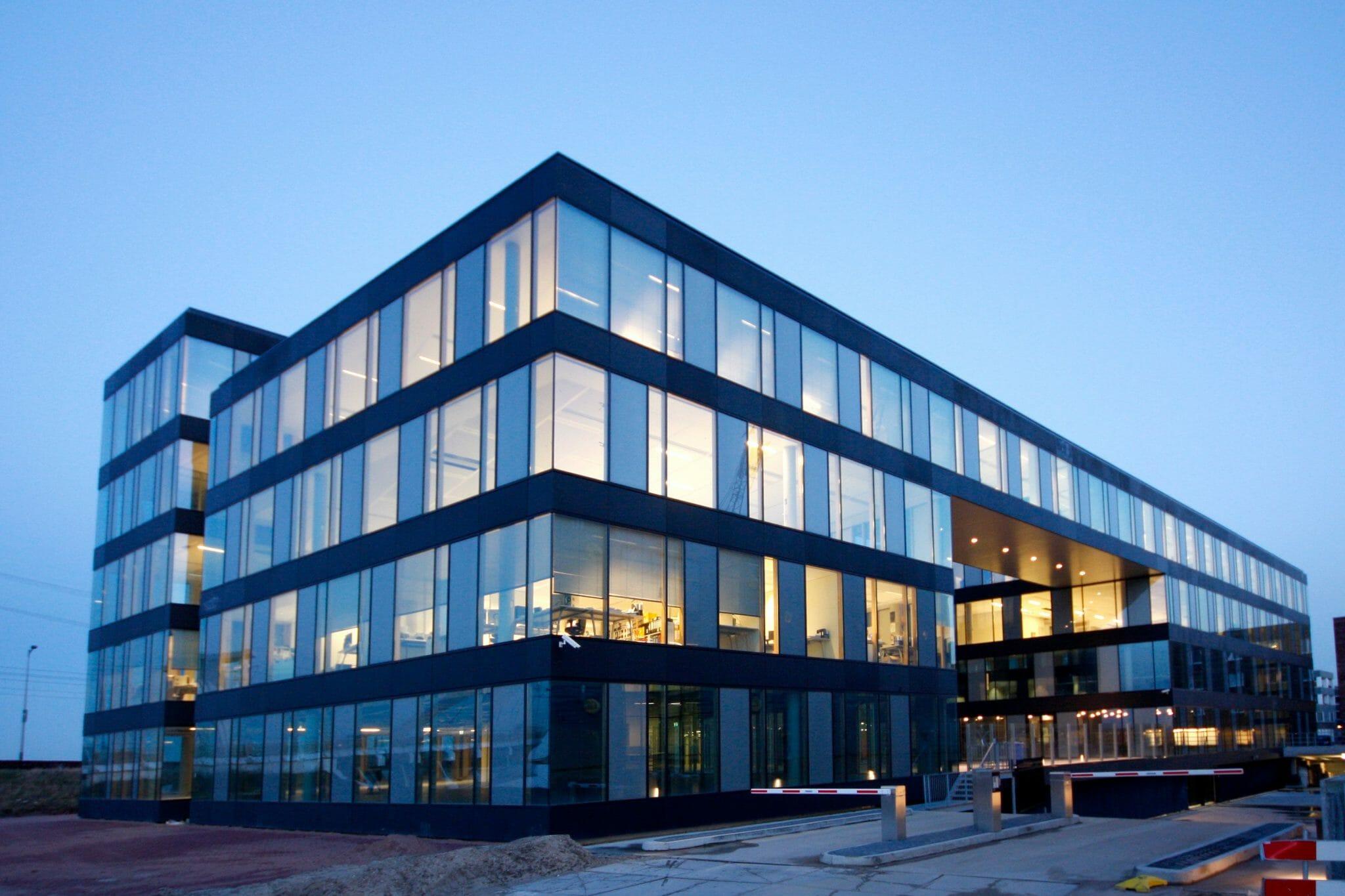 Volledige verduurzaming kantoorpand DesignStrip Amsterdam